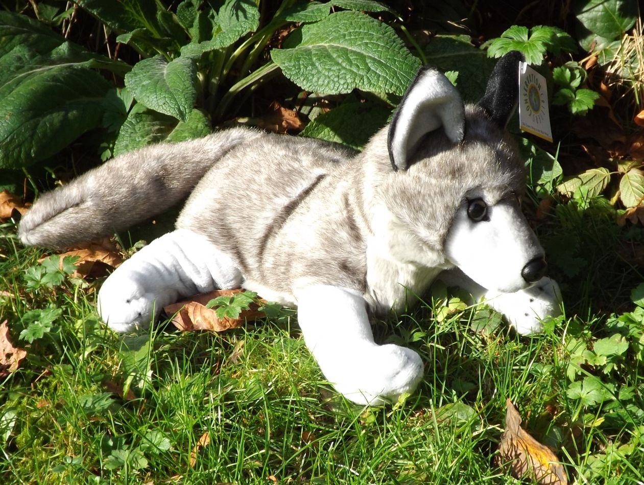WA4190G-Laying-Stuffed-Gray-Wolf