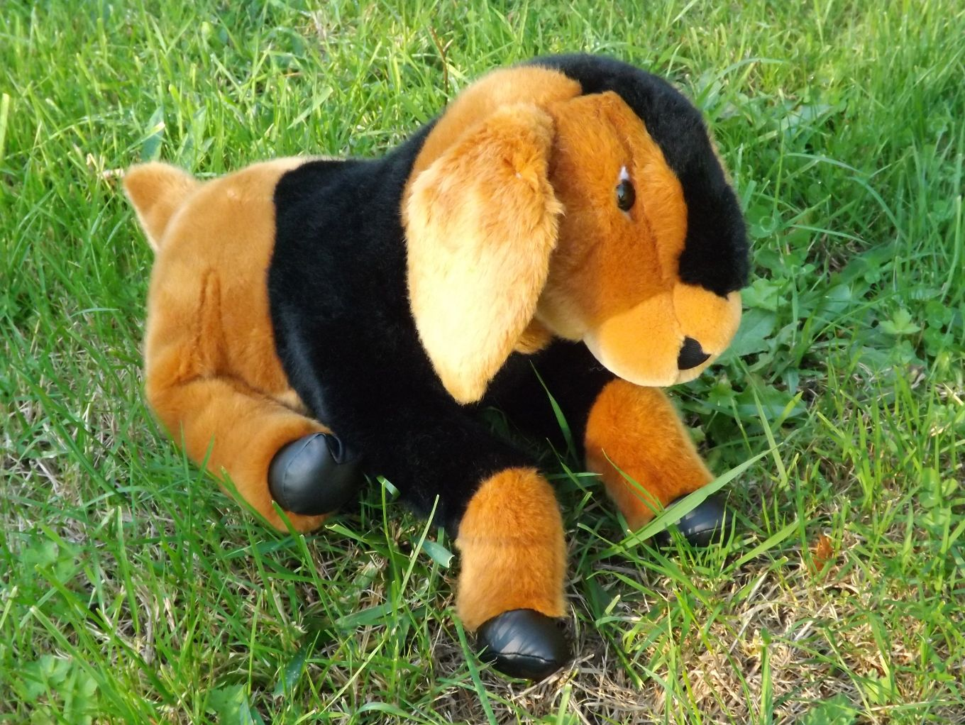 Z4031-Nubian-Goat-Stuffed-Animal